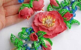 Комплект украшений из полимерной глины. Райские цветы.
