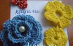 Простые цветы из резинок крючком. Мастер-класс