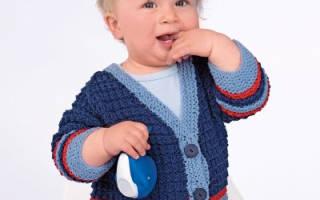 Вязание махровой детской кофточки на спицах.