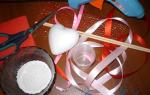 Валентинка своими руками. Сердце с цветами из салфеток. Мастер-класс