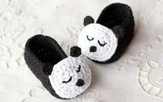 Вязаные пинетки крючком. Панды.