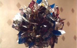 Новогодние шарики на елку из фантиков. Мастер-класс с пошаговым фото