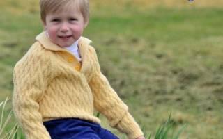 Вязание свитера с рукавом-регланом для мальчика 5 лет.