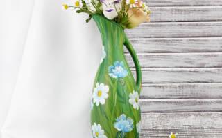 Декоративный кувшинчик из бумаги с росписью.
