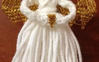 Девочка — ангел своими руками из лампочки и ткани.