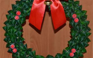 Рождественский венок из макарон.
