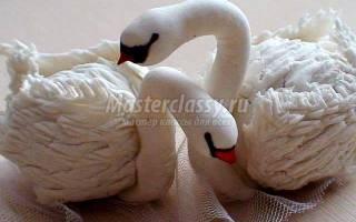 Лебеди из Холодного фарфора.