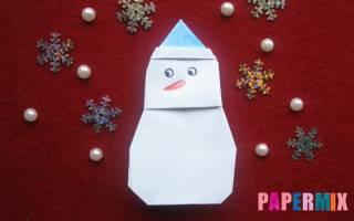 Снеговик из бумаги в технике оригами.