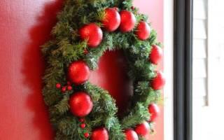 Рождественский венок своими руками из природных материалов.