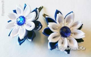Заколки «Цветочки» из лент. Канзаши.