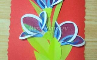 Открытка с цветами в технике лекажур.