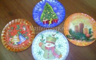 Декупаж тарелочки с эффектом состаривания. Огни Рождества.