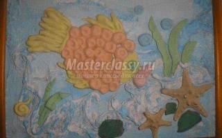 Тестопластика. Коллаж с аквариумной рыбкой.