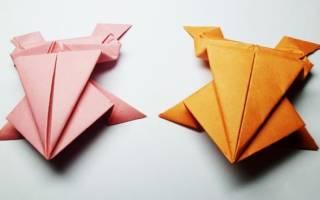 Лягушка в технике оригами.