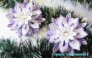 Канзаши. Резинки для волос «Снежинки».