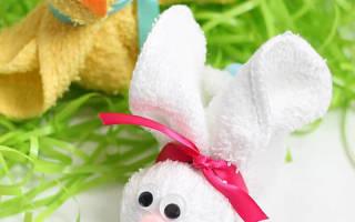 Как изготовить кролика из полотенца для подарка. Мастер-класс