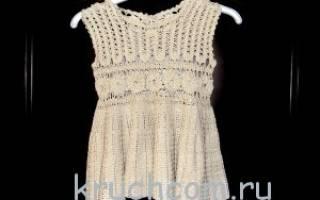 Платье-сарафан для девочки к Новому году.